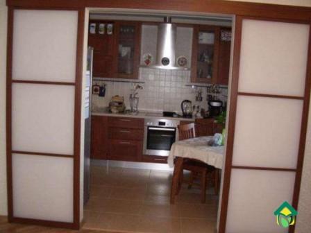 перегородка-между-кухней и столовой