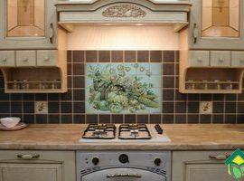 Материал для кухонного фартука: варианты отделки кухонного фартука