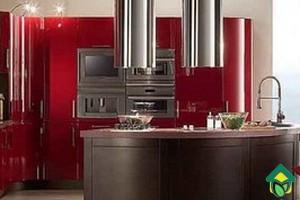 Использование красного цвета в дизайне кухни, фото красного цвета на кухне