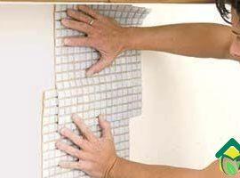 Укладка мозаики на фартук стены своими руками