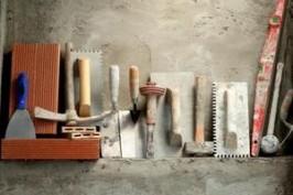 Инструменты для штукатурных работ на кухне