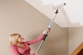 Как правильно покрасить потолок на кухне