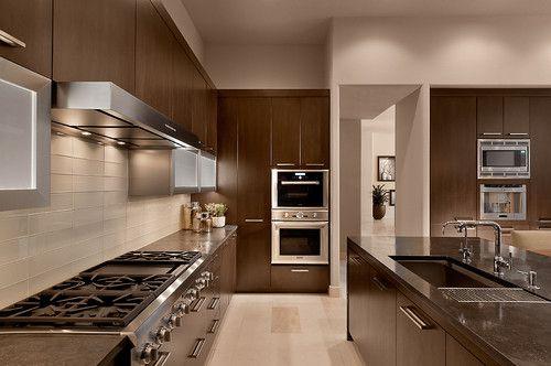 стеклянная-плитка-на-кухне-4