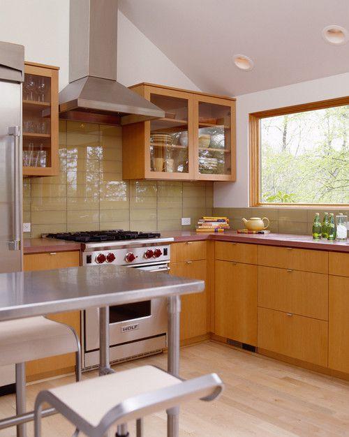 стеклянная-плитка-на-кухне-8