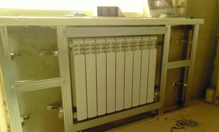декорирование-радиаторов-на-кухне-11