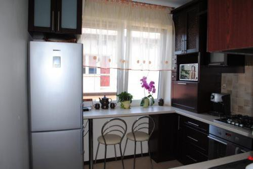 Кухонное окно из пластика