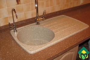 Кухонная мойка из искусственного камня: смотрим качество акриловой мойки