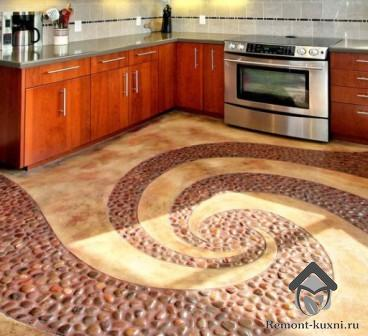 укладка-натурального камня-на-пол-кухни-3