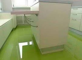 Полимерные наливные полы на кухне
