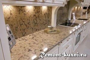 Какие бывают стеновые панели для кухни