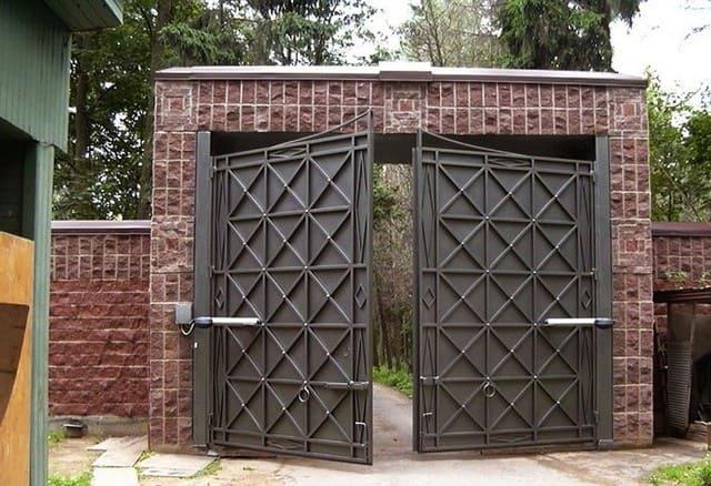конструкции въездных ворот металлоконструкции частного дома