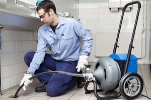 Гидродинамическая промывка канализации на кухне