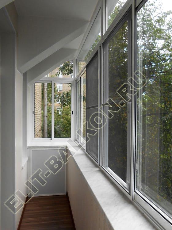 Застеклить балкон окнами