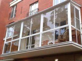 Преимущества и разновидности пластиковых окон