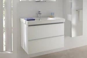 Раковина со столешницейв ванную комнату