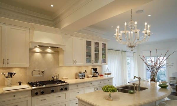 освещение кухни люстрой