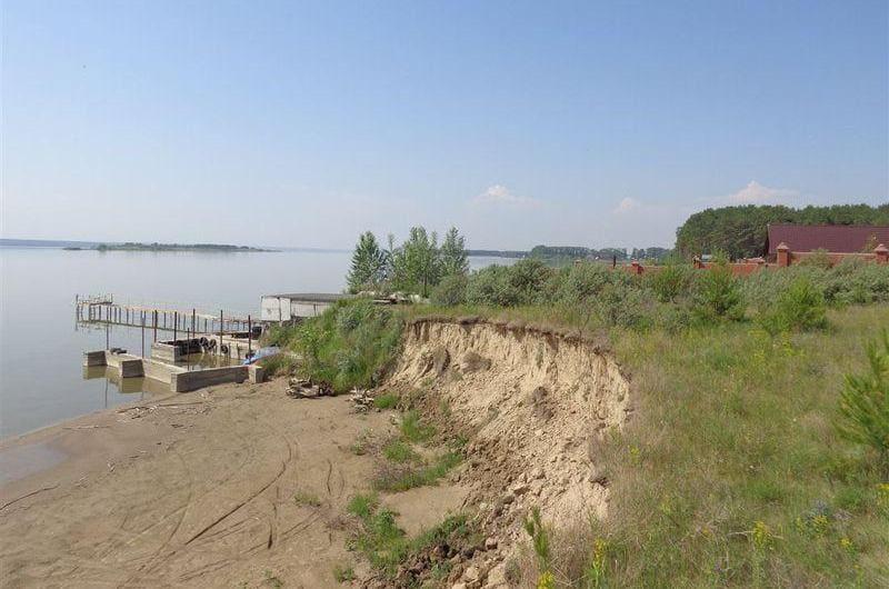 земельный участок на первой линии реки