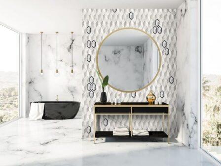 раковина и зеркало с панно